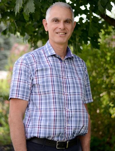 Chiropractor Cambridge ON Gordon Burkholder